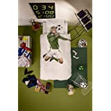 SNURK Soccer Player Duvet Cover and Pillowcase Set in Green - Twin