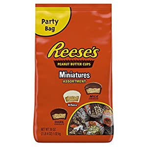 REESE'S Peanut Butter Cups, Halloween Candy, Assorted Chocolate Candy (White, Dark, Milk) 36 Ounce Bulk Candy