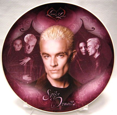 (Buffy the Vampire Slayer Series 3 Lives & Loves Collector Plate: Spike & Drusilla - UK Import)