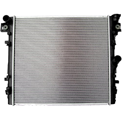 SCITOO Radiator 2957 Compatible with 2007-2015 Jeep Wrangler ()