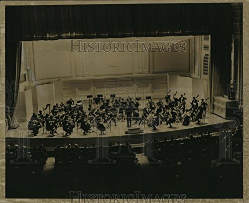 (Vintage Photos 1963 Press Photo NY Youth Symphony Orchestra on Stage Carnegie Hall NYC - 8 x 10 in. - Historic Images )
