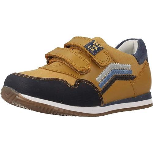 Zapatillas para niño, Color Amarillo, Marca GARVALIN, Modelo Zapatillas para Niño GARVALIN 181352 Amarillo: Amazon.es: Zapatos y complementos
