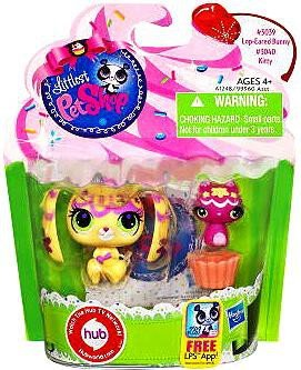 Littlest Pet Shop Totally Talented Pets Lop Eared Bunny & Kitty Friend -