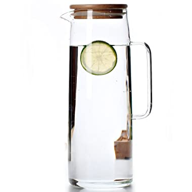 Cupwind Borosilicate Glass Hot/Cold Water Carafe Pitcher Wooden Infuser Lid 50 oz Explosion-Proof