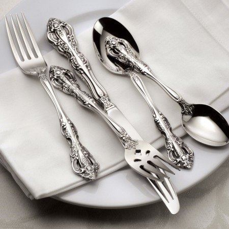 Oneida Michelangelo 45 Piece Flatware Set, Service for 8