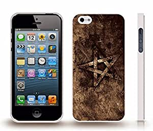 iPhone 5/5S Case with Morocco Flag Distressed Look Black and White Design , Snap-on Cover, Hard Carrying Case (White)