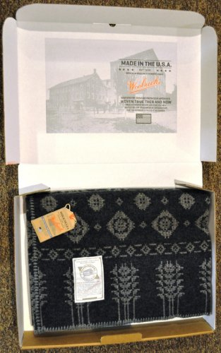Woolrich Home Vintage American Coverlet, Gray Snowflakes/Trees