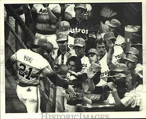 (1982 Press Photo Houston Astros' Terry Puhl congratulated for scoring run.)
