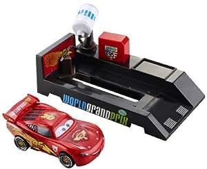 Cars 2 V3659 - Box de carreras - Surtido: diferentes colores o personajes