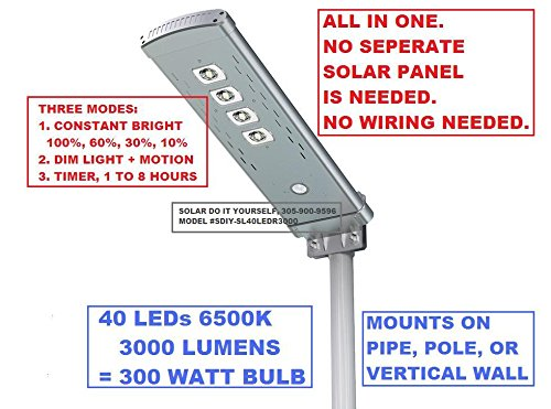 SOLAR SECURITY/STREET LIGHT 3000 LUMENS 300 WATTS WITH REMOTE CONTROL