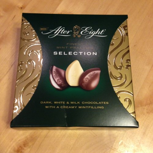Mints Eight (After Eight Finest Selection Dark, White and Milk Chocolate with Mint Filling - Gift Box of 4.3 Oz - To Share the Pleasure)