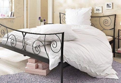 bettw sche wei romantisch my blog. Black Bedroom Furniture Sets. Home Design Ideas