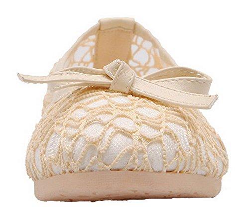 Allhqfashion Mujer's Round-toe Solid Pu Low-heels Bombas-zapatos Beige