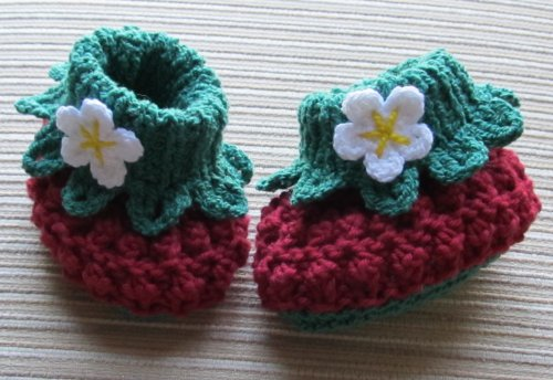 Knitting and Crochet Pattern Cotton Berry Booties for a Baby Girl 3-6, 6-12 Months