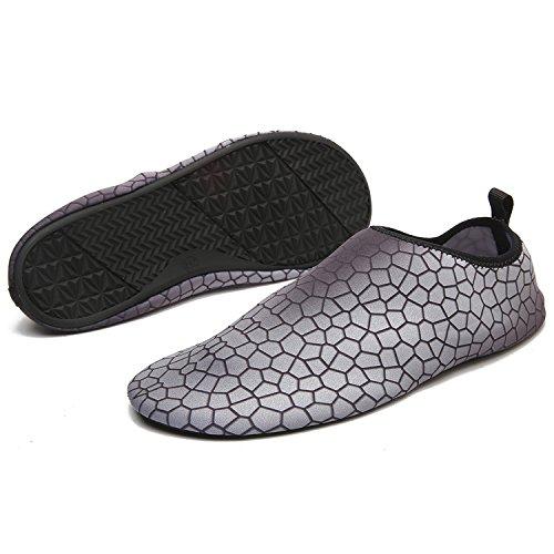 INvench Unisex Quickdry Barfuß Wasserschuhe Leichte hautfreundliche Aqua-Schuhe für Beach Surf Schwimmen Yoga Übung Grau