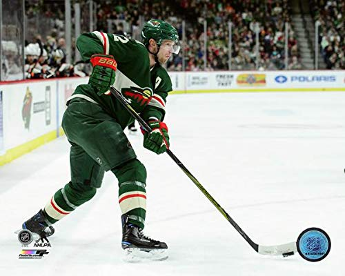 Eric Staal Minnesota Wild 2017-2018 NHL Action Photo (Size: 8