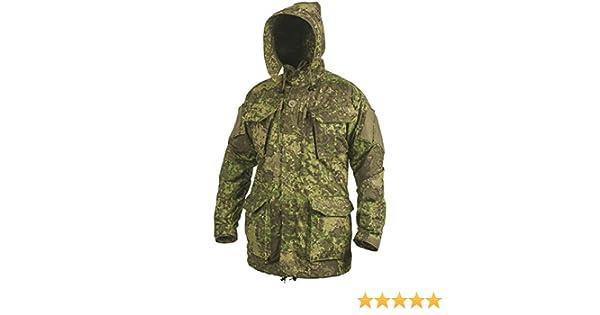 dc84a9c7b8c Amazon.com  Helikon Men s PCS Smock NyCo PenCott GreenZone  Clothing