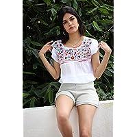 "Blusa Negro/Blanco con flores multicolor bordadas a mano""Zazil"""