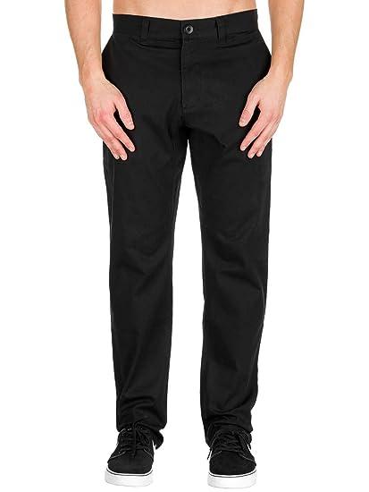 abf1d5597020 Amazon.com  Nike Men s SB Flex Icon Chino Skateboarding Pants ...