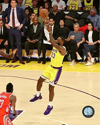 ee7d1f4379f5 Amazon.com  Lebron James Los Angeles Lakers 2018-19 NBA Action Photo (Size   16