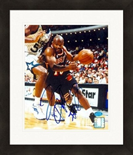 - Autograph Warehouse 269896 Tim Hardaway Autographed 8 x 10 in. Photo - Miami Heat Image - No. 2 Matted & Framed