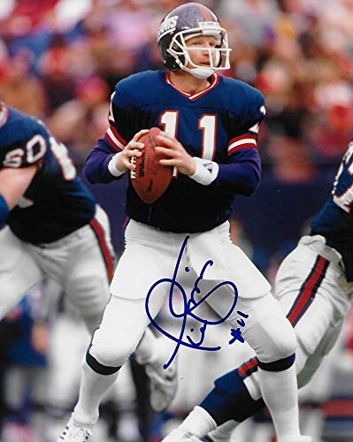 - Phil Simms New York Giants signed autographed, 8x10 Photo, COA with the proof photo will be included.