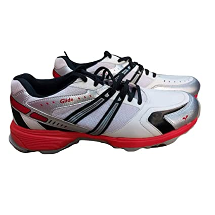 sports shoes with rubber spikes