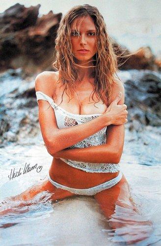 Heidi Klum - Personality Poster Posing On Beach