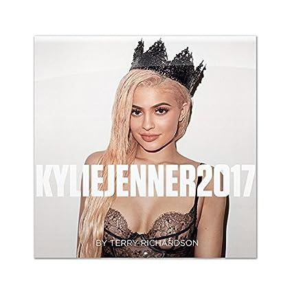 Kylie Jenner Calendar 2020 Amazon.: Official Kylie Jenner 2017 Calendar by Terry