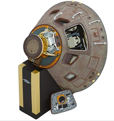 Executive Series Museum Quality Apollo 11 Capsule 1/25 Scale with Stand