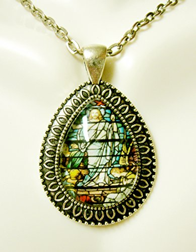 Christs Tears - Resurrection of Christ teardrop pendant and chain - AP15-089