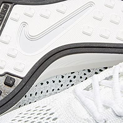 newest 8e46e f66c6 Amazon.com   Nike Flyknit Racer - 526628-102   Road Running