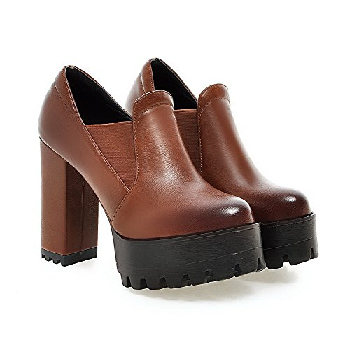 VogueZone009 Women's Pull On High Heels Pu Solid Round Closed Toe Pumps Shoes Brown kyHXAOTL