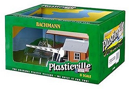 Loading Platform (Bachmann Industries Loading Platform and Crossing Shanty Set, O Scale)