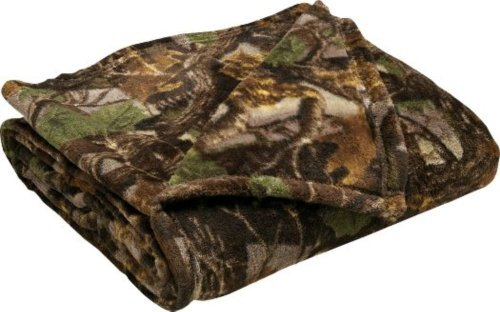 Cabela's Camouflage Coral Fleece Throw - 3D Seclusion