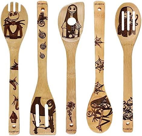 Lot de 5 cuill/ères en bois br/ûl/é avec motif unique de No/ël