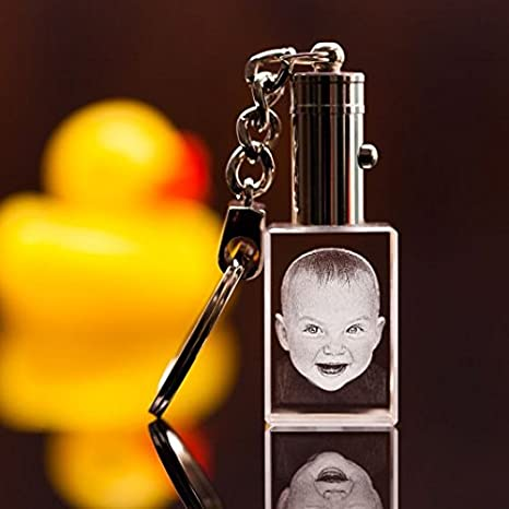 Llavero 3D con foto de cristal con LED: Amazon.es: Bebé