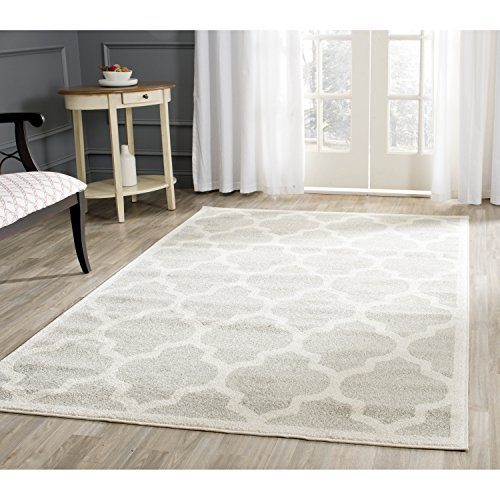 Safavieh Amherst Collection AMT420B Light Grey and