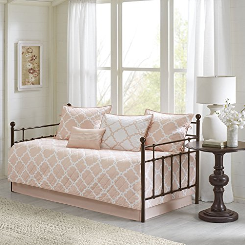 Madison Park Essentials Merritt Daybed Size Quilt Bedding Set - Blush, Geometric - 6 Piece Bedding Quilt Coverlets - Ultra Soft Microfiber Bed Quilts Quilted Coverlet