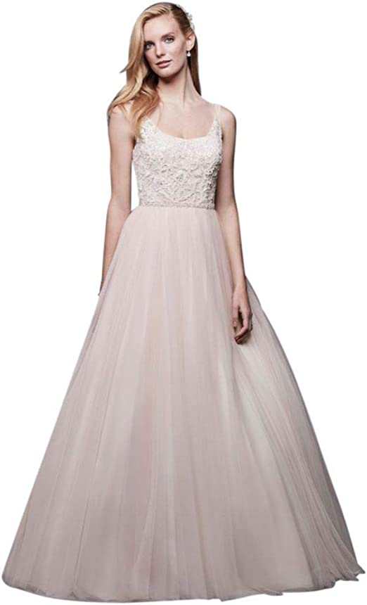 Amazon Com David S Bridal Lace And Tulle Ball Gown Wedding Dress