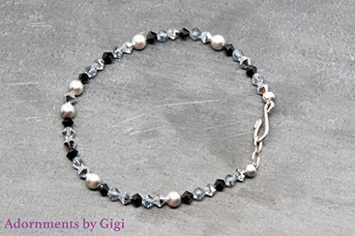 Handmade Swarovski Crystal Beaded Bracelet (Woman's Black and Gray Beaded Bracelet With Swarovski Crystals, Simulated Peals and Sterling Silver Clasp)