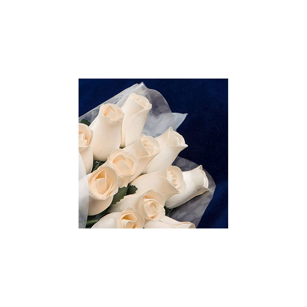 Bakers-Dozen-Bouquet-of-13-IvoryWhite-Wood-Roses