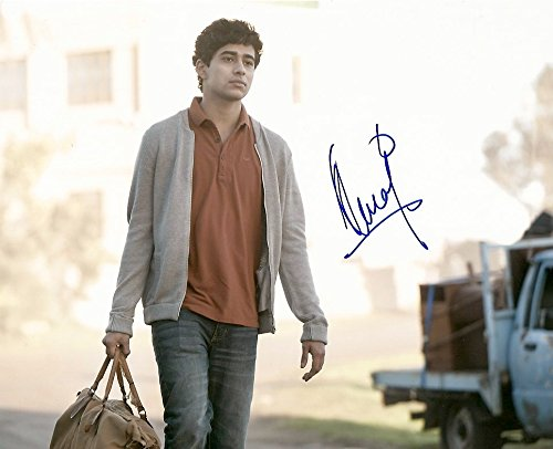 Suraj Sharma HOMELAND autograph, In-Person signed photo