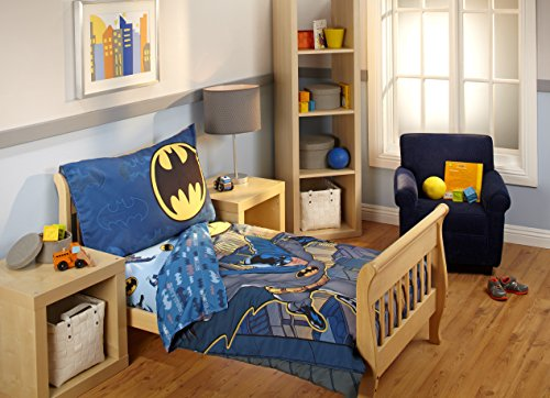 Batman-4-Piece-Toddler-Bedding-Set
