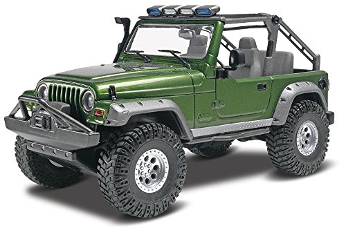Revell Jeep Wrangler Rubicon Model Kit