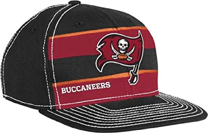 Amazon.com   Reebok Tampa Bay Buccaneers 2011 Player Sideline Hat ... 3e20e418a