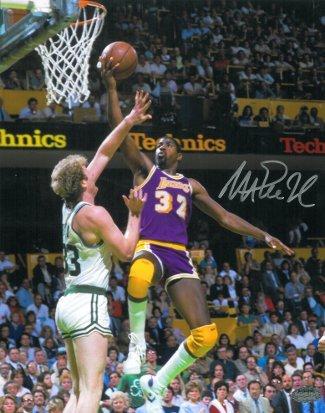 Athlon CTBL-014732 Magic Johnson Signed Los Angeles Lakers Photo vs Larry Bird - 16 x 20 - Autographed Larry Johnson Photo