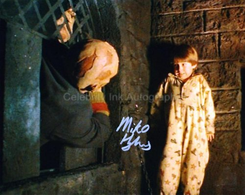 miko-hughes-as-dylan-porter-new-nightmare-genuine-autograph