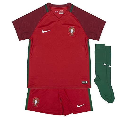 Nike Portugal Little Kids Home Infant/Toddler Soccer Kit (Youth Large)