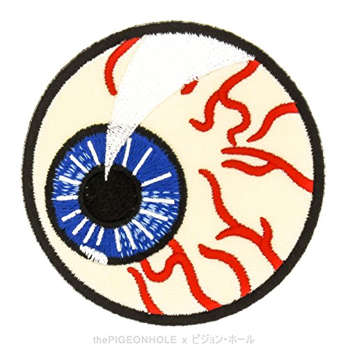 [ Trick or Treat! Happy Haunting Halloween ] Scary Bloodshoot Eyeball Circle Badge - Easy & Fast Iron on, Sew on Embroidered Patch - Applique, Craft, Kid Boy Girl Cloth Repair & Decoration]()